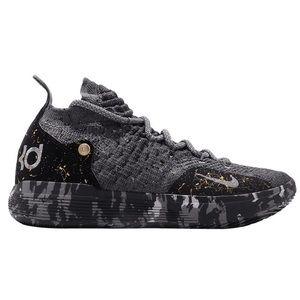 NEW IN BOX WITH TAGS!! Nike Women's Zoom KD11 EP